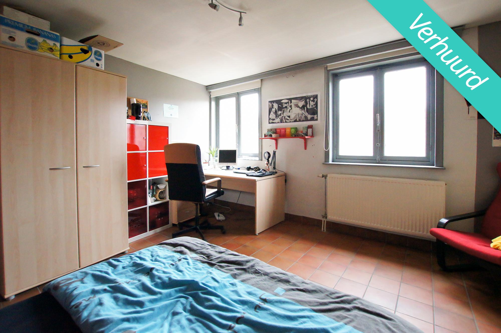 Kamer 9 - Edward van Evenstraat 10-12 - kot verhuurd