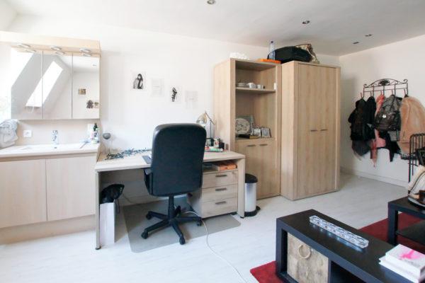 Kamer 8, Leopold Vanderkelenstraat 10, foto 3